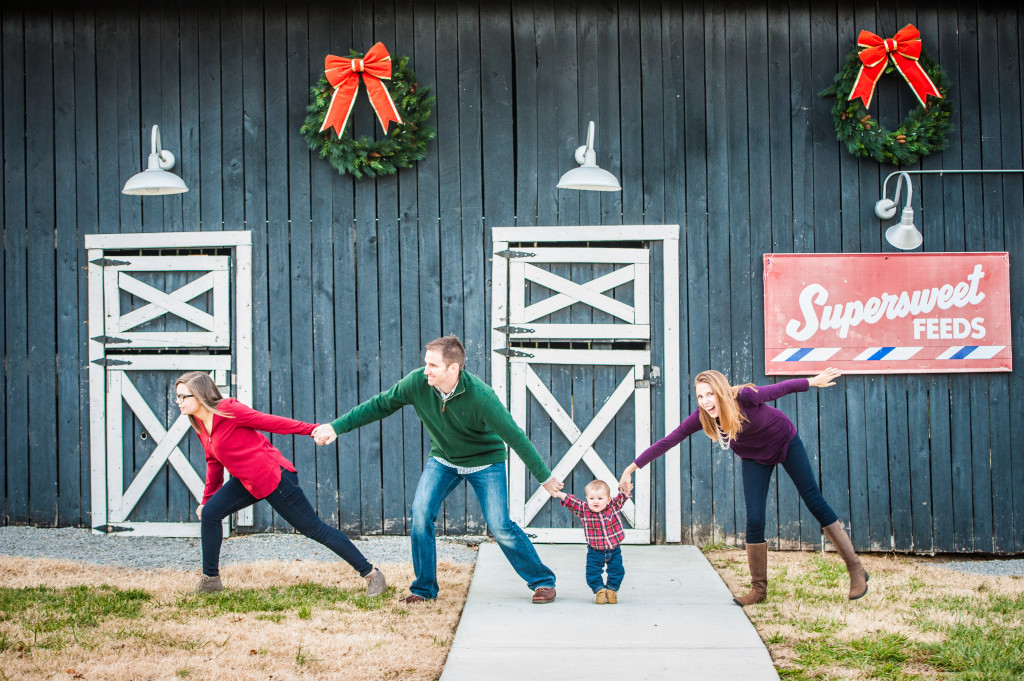 Bresnahan_Family_Christmas_2014_141129_18_25-11