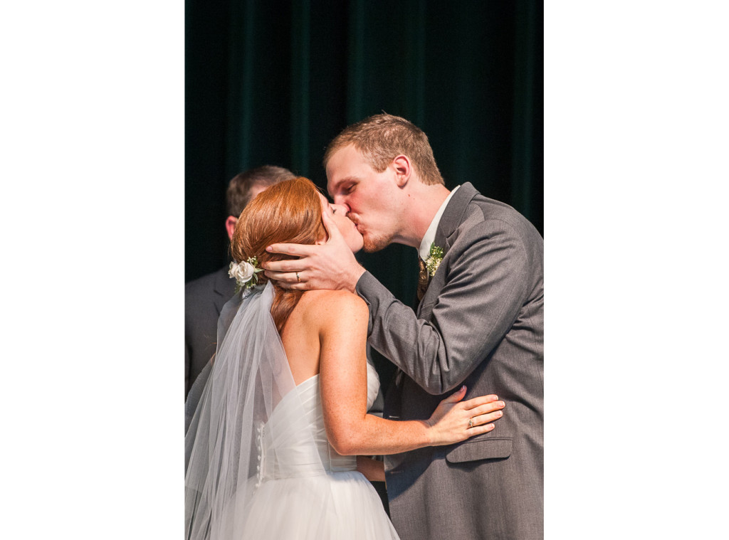 RA_0004_Rober_Dale_and_Alicia_Wedding_0023_150725